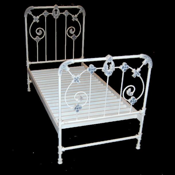 jern seng Romantisk jernseng   Møbler   Lanternekompagniet jern seng